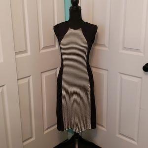 Go Couture Sleeveless Dress